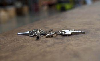 0301-123 Key-Bak Çek-Ayır Anahtarlık Halkası