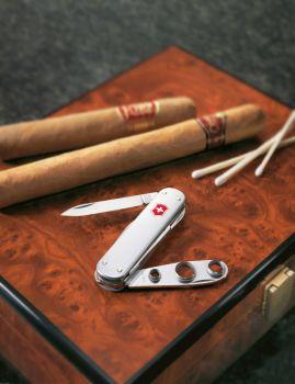 Victorinox 0.6580.16 Cigar Cutter, Alox Çakı